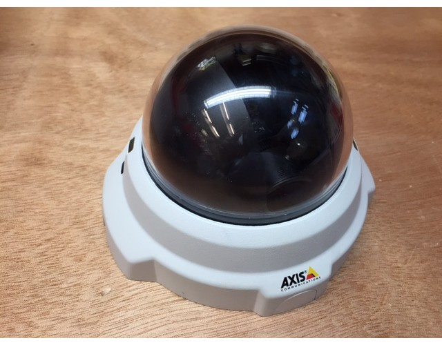 Axis M3204 image